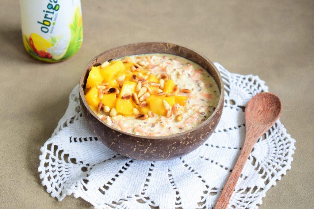 overnight oats kokoswater kokos mango havermout tropisch