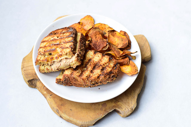 tosti tonijn met zelfgemaakte mayonaise