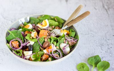 Zoete aardappel salade met tonijn en ei