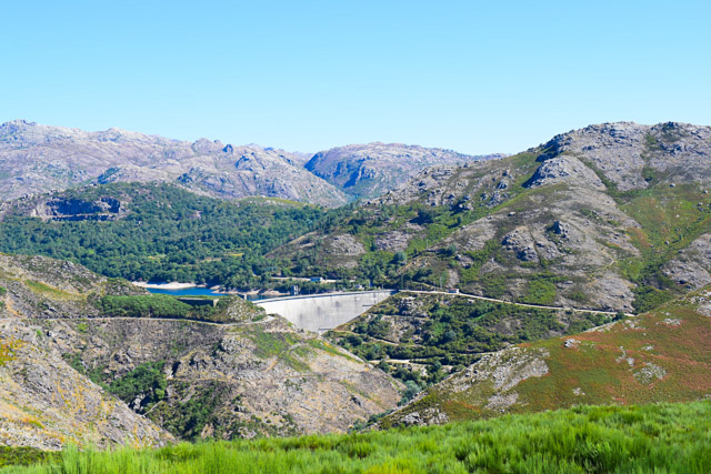 autovakantie portugal peneda-gerês park uitzicht stuwdam