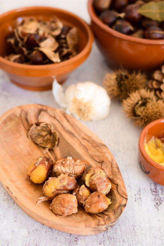 kastanjes koken met portugese kruiden
