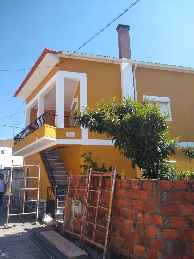 portugal amiais de baixo huis