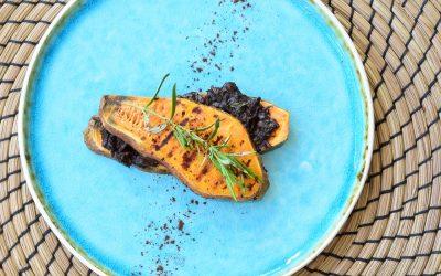 Zoete aardappel tosti met chocolade rozemarijn spread