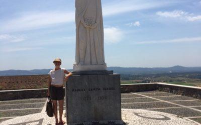 Santa Rainha Isabel: Sobre Isabel por Isabelle